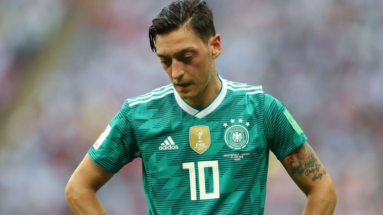 Begini Curhatan Mesut Ozil Setelah Putuskan Pensiun Dari Timnas