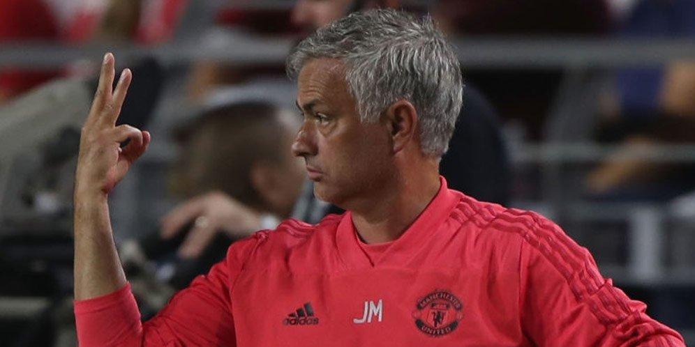 Ince: United Jadi Bahan Tawaan Dibawah Komando Mourinho