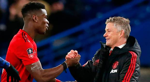 Pogba Beri Dukungan Agar Solskjaer Jadi Pelatih Tetap United