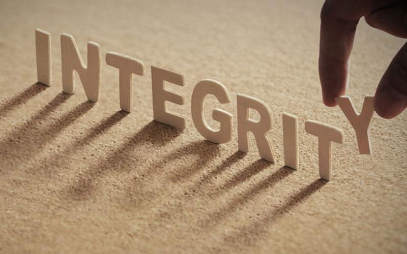 Jalani Hidup dengan Integritas dan Sikap Positif